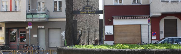 Zugang zum Böhmischen Gottesacker in Berlin-Neukölln
