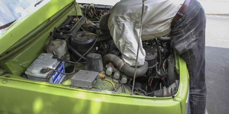Motorraum des Wartburg 353W
